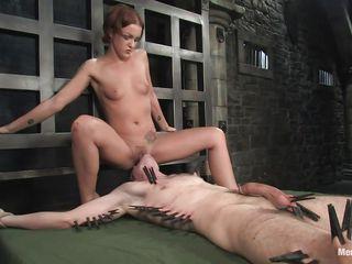 порно видео вылизывает госпоже
