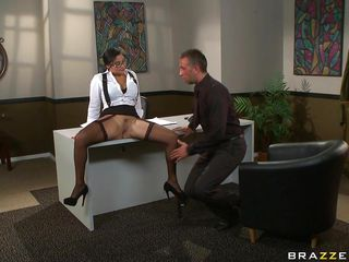 Натуральная женская большая грудь порно