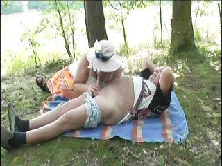 Любительский секс в лесу