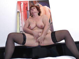 Порно со зрелыми госпожами