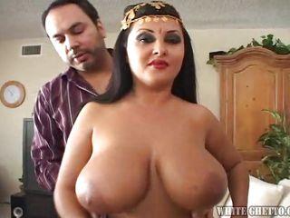 Огромные киски порно