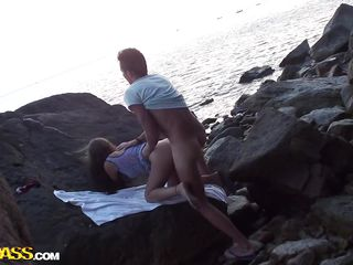 Девушки на пляже фильм