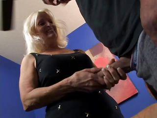 Порно любительское муж снял жену русское
