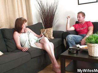 Снято мужем жену с другом