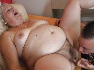 Порно видео анал волосатый зрелых