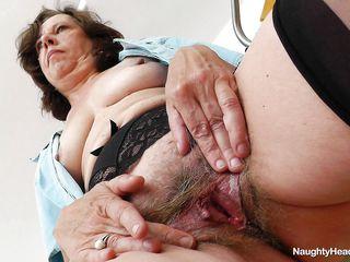 Порно со медсестрами