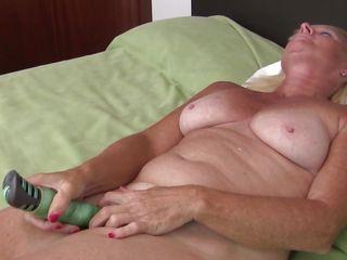Порно жена застукала с секретаршей