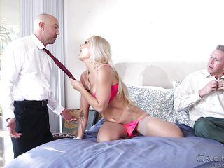 Порно онлайн подборка кончи внутрь
