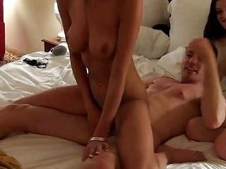 Порно видео домашний писсинг
