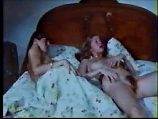 Порно молодые ссут