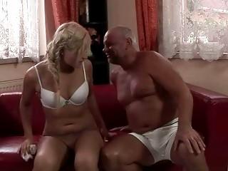 Секс писсинг мп4 скачать бесплатно