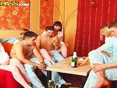 Порно фото секс мулаток студенток с учителями