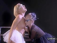 Продолжительный оргазм