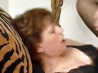 Зрелые голые дамы видео бесплатно