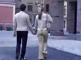 Нравится ходить с секс игрушкой