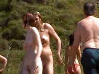 Секс нудистов на пляже виде