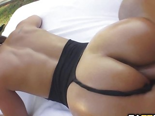 Порно онлайн видео девушки публично мастурбирают